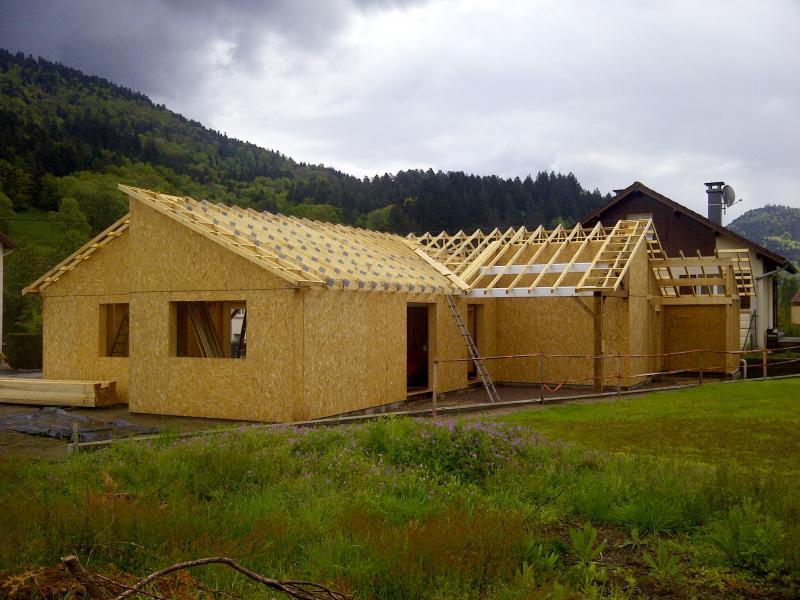 Maison ossatures bois & charpente industrielle